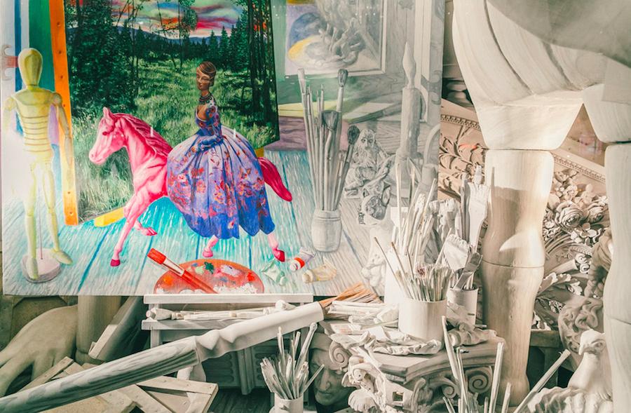 витрина, символизирующая живопись