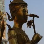 Таиланд открывается для россиян и граждан СНГ, но при условии оформления визы и 15-дневного каратина