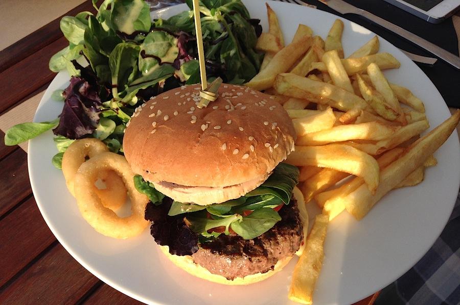 гамбургер с фуа-грой