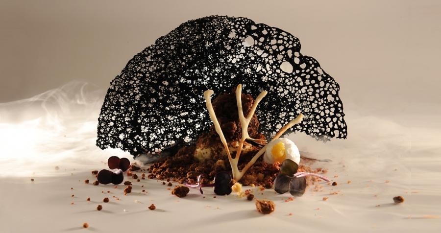 блюдо Черная Луна