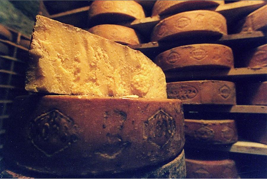 Багосс, сыр итальянский