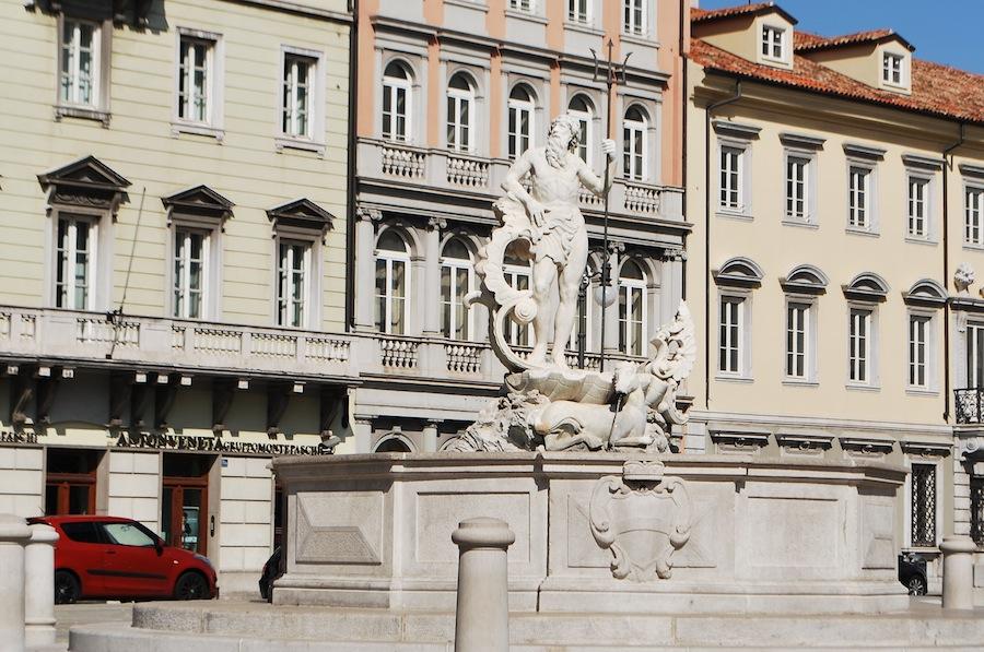 фонтан на площади Верди