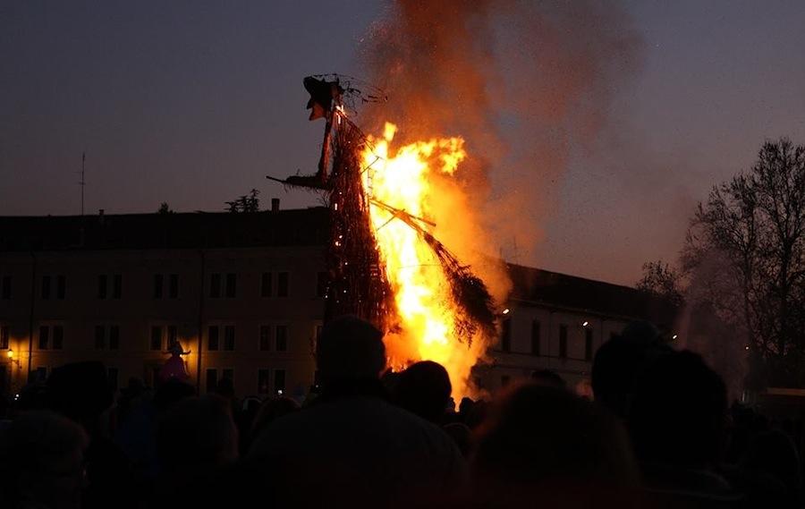 сожжение Бефаны в Падуе, сожжение ведьмы