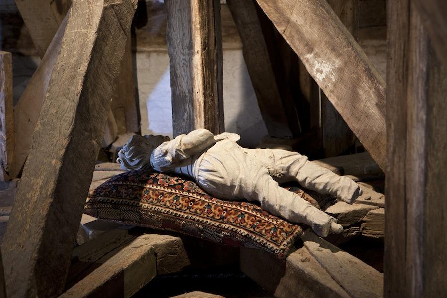 Дания: остров Фюн, замок Эгесков, кукла