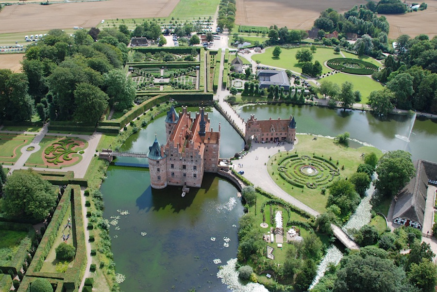 Дания: остров Фюн, замок Эгесков