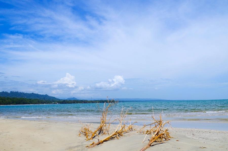 Пляж Коста-Рики, Карибское море