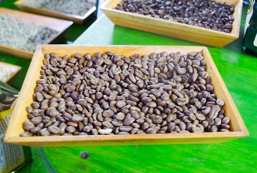 Обжаренные зерна кофе, кофейные зерна, Коста-Рика