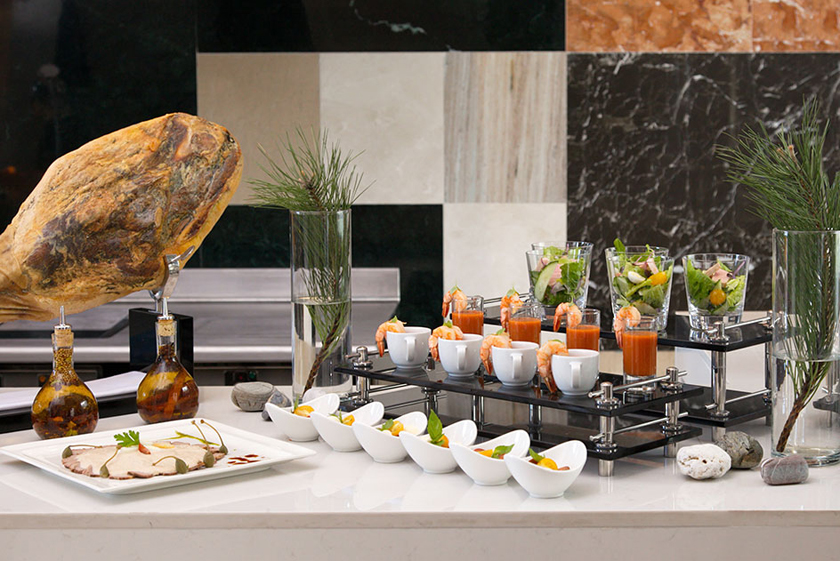 завтрак в отеле Solis Sochi Hotel