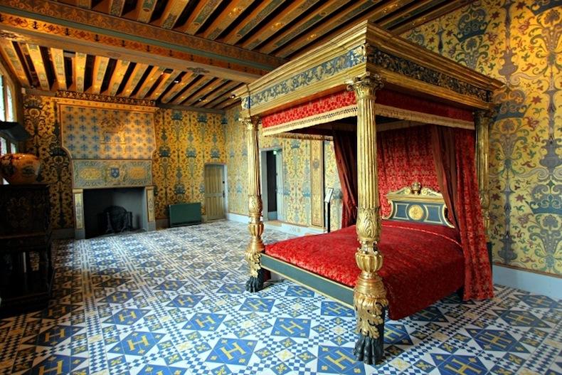 спальня в Château Royal de Blois
