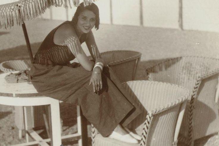 Рене Перль в Juan les Pins (коммуна Антиба), 1931 год