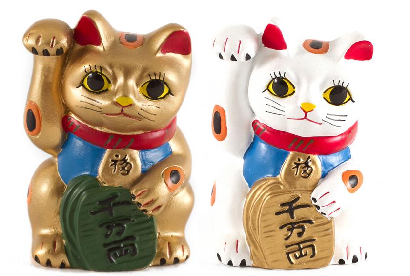 японский кот счастья