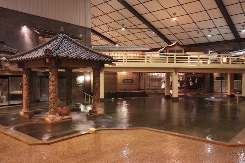 баня в стиле периода Эдо в Hakusuikan