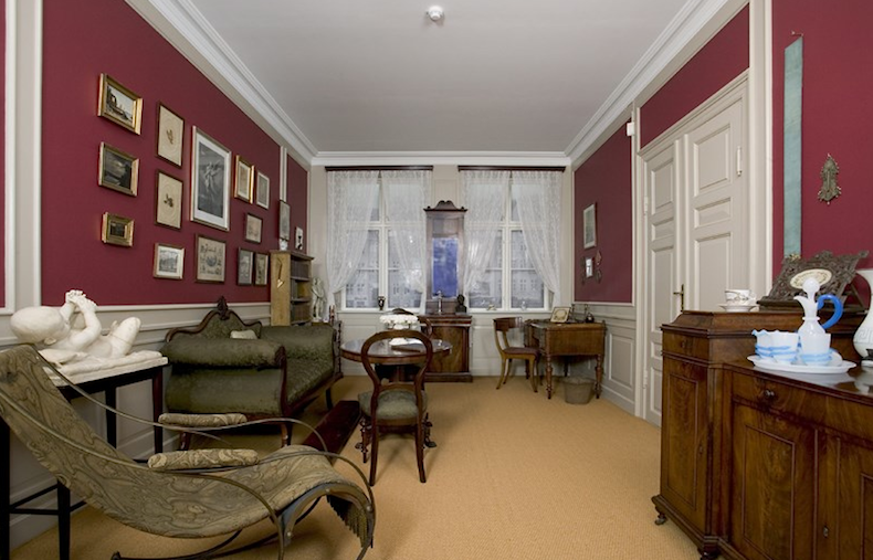 Оденсе дом-музей воспрозведенная комната из Нюхавн
