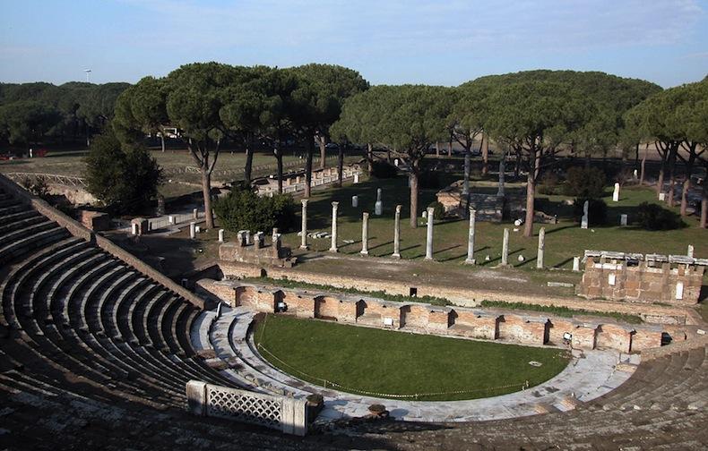 ostia_antica-teatro