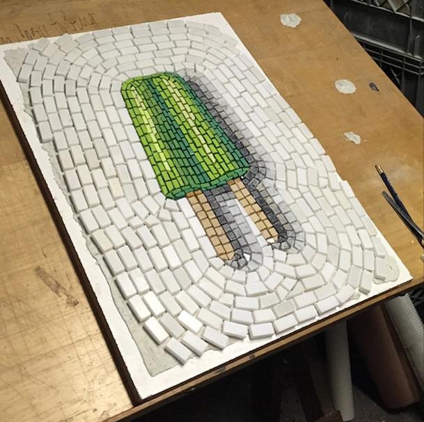 мозаика в мастерской художника