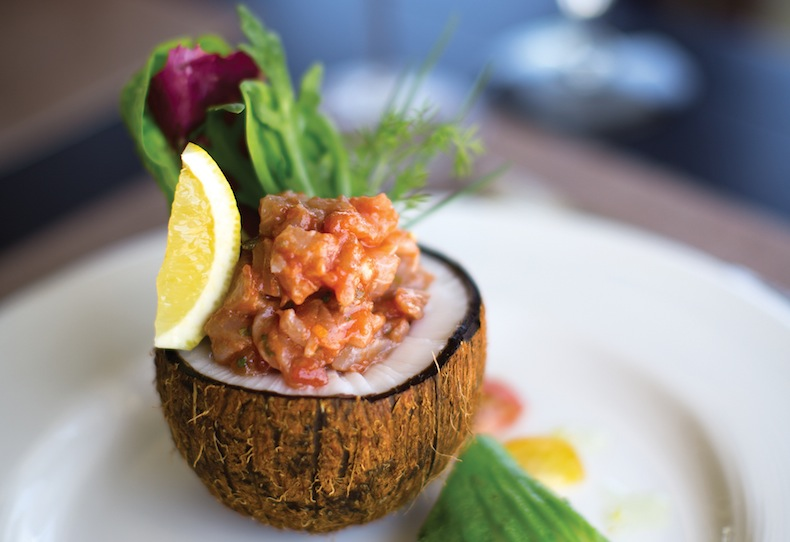 Севиче из тунца в кокосе Atmosphere Kanifushi FOOD SHOT - Reef Fish Ceviche Acapulco_zpslutpl2dl