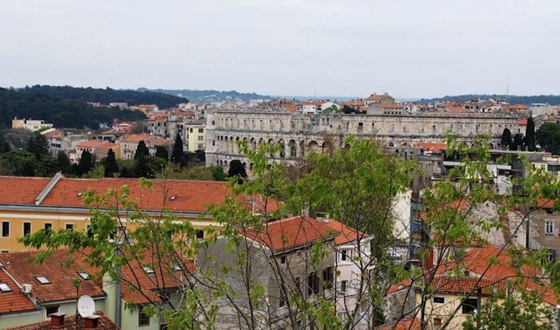 панорама Пулы, Хорватия
