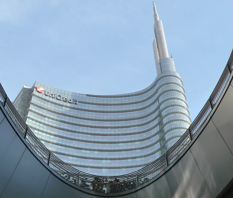 башня Torre UniCredit