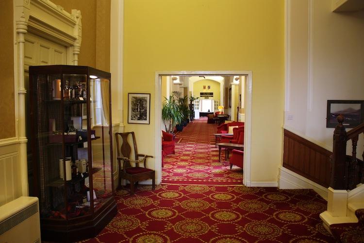 atholl-palace-hotel-hallway