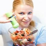 Кулинарный эксперимент: готовим панцанелла — итальянский салат из черствого хлеба