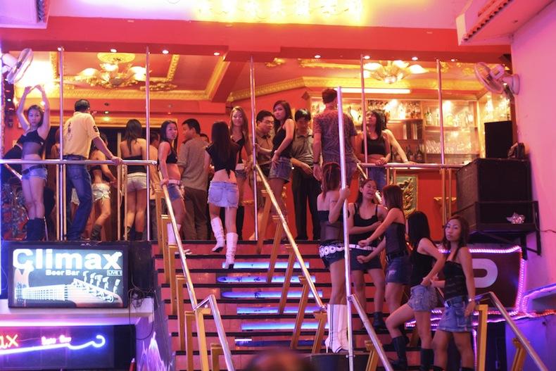 работницы go-go бара в Таиланде, Патайя