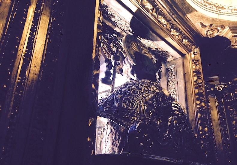 собор Сантьяго-де-Компостела, статуя Святого Иакова