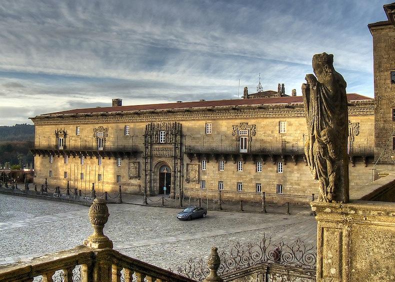 Hostal_dos_Reis_Católicos._Praza_do_obradoiro._Santiago_de_Compostela