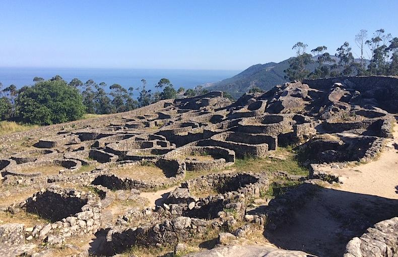 руины кельтской деревни, Испания, Галисия