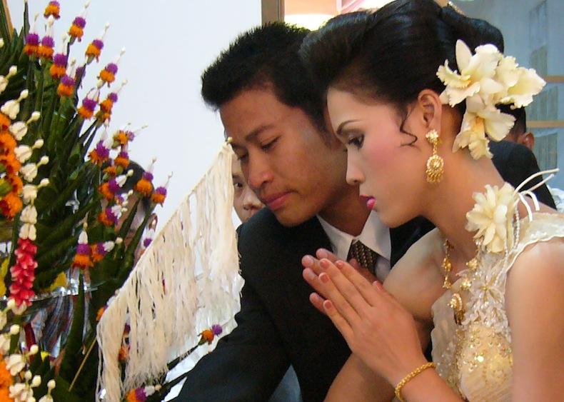 Молодые таиландки смотреть онлайн