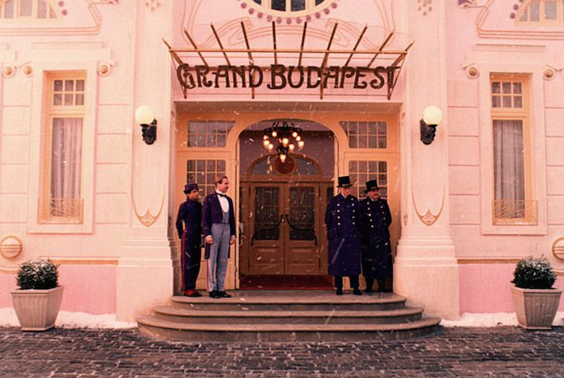 """кадр из фильма """"Гранд-отель Будапешт"""""""
