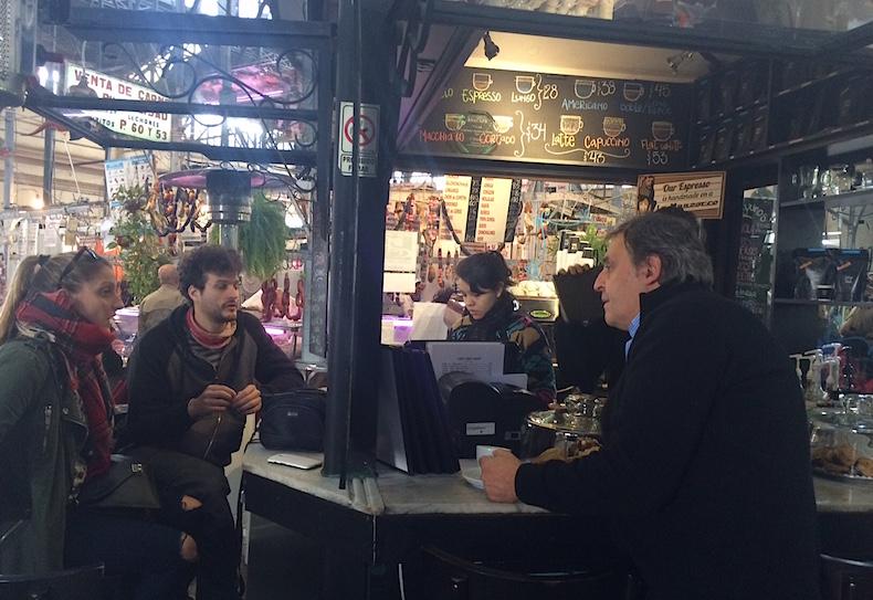 кофейня на рынке Сан-Тельмо
