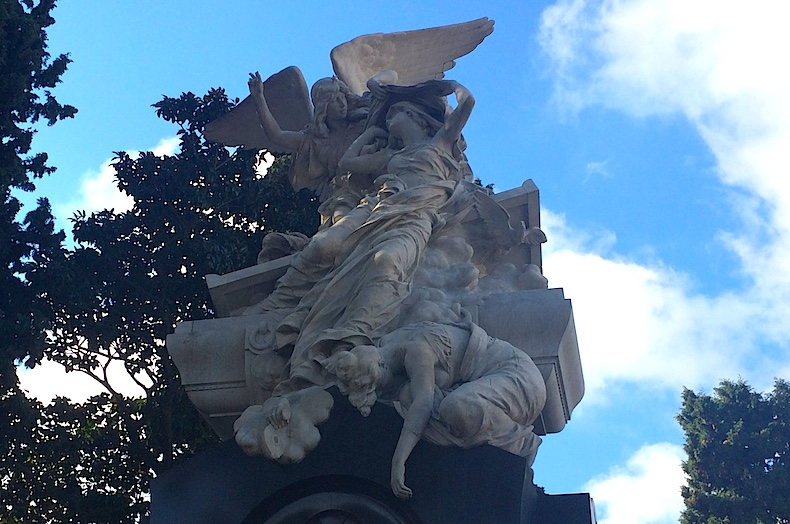 скульптуры на кладбище Реколета, Буэйнос-Айрес