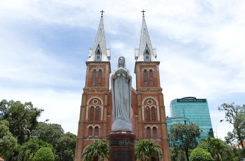 Нотр Дам, Хошимин Notre_Dame_Ho_Chi_Minh_City-1