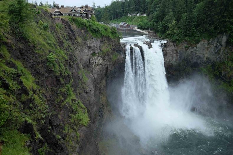 Сноквалми (Snoqualmie Falls»)