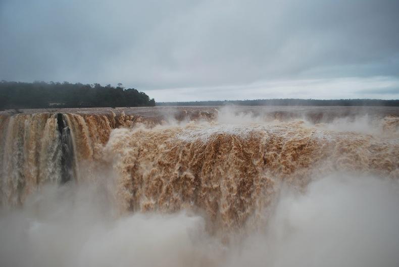 водопады Игуацу, Аргентина, водопад Горло Дьявола (Garganta del Diablo)