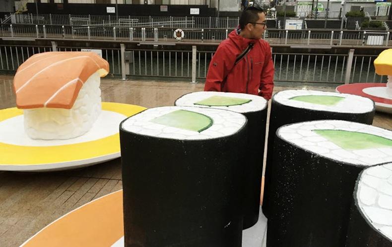 монтаж суши-поезда