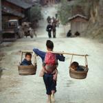 Китайским семьям разрешили заводить более одного ребенка