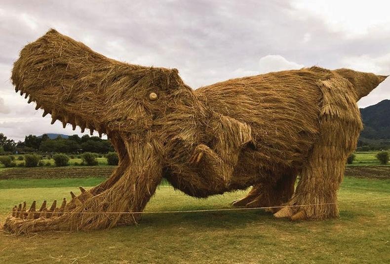 плетеный динозавр, Япония