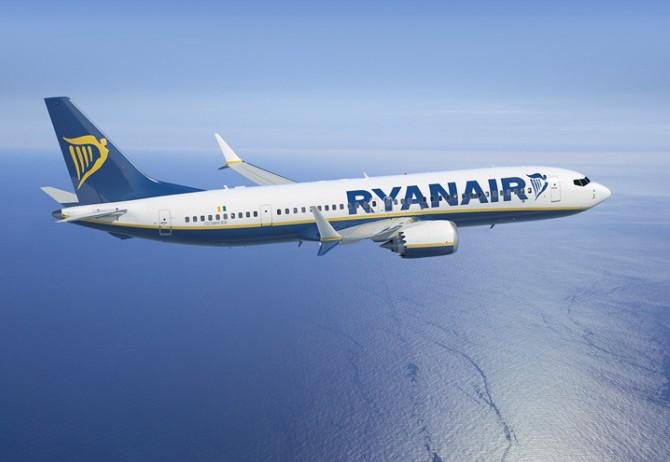 Ryanair-MAX-2-700x525