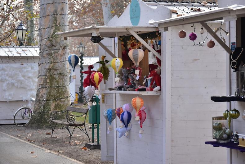 дизайнерские игрушки на рынке Загреба