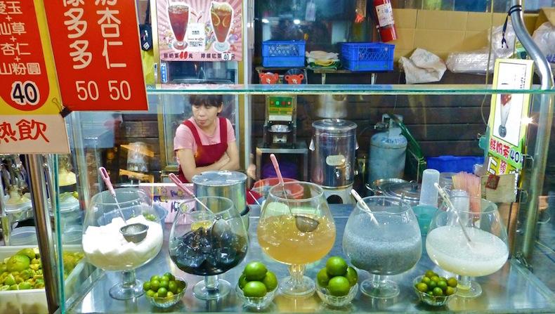 напитки на рынке Fengjia