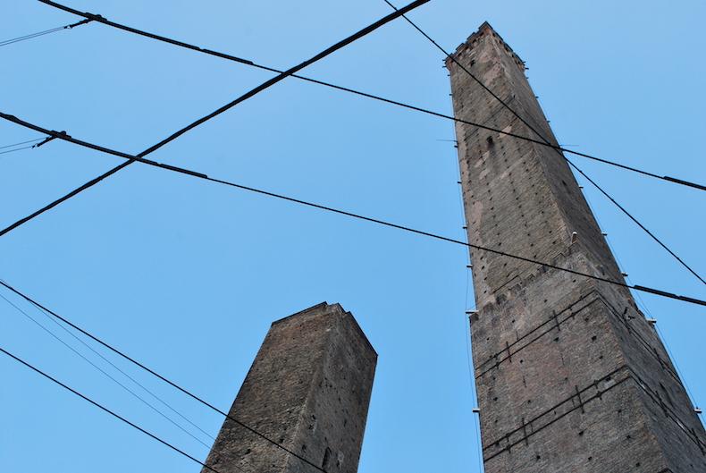 знаменитые башни Болоньи