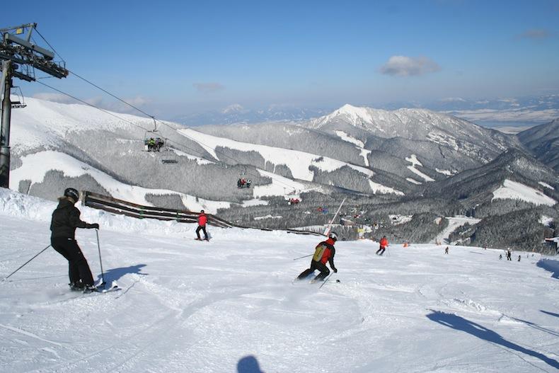 горные лыжи в Ясны, Словакия