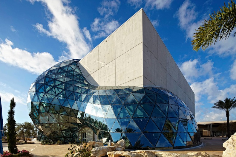 музея Сальвадора Дали во Флориде The Dali Museum