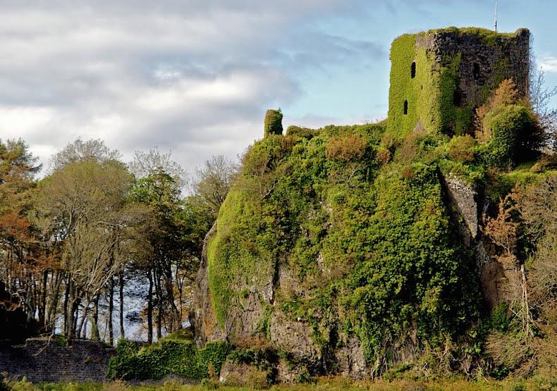замок Данолли, Шотландия