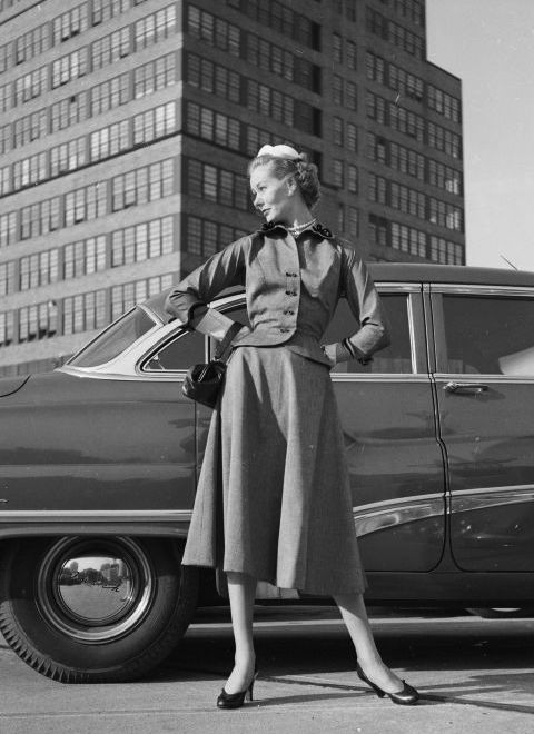 vintage-street-style-1952-gettyimages-3138864