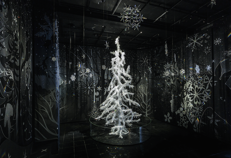 Сказочная елка в Кристальных мирах Swarovski