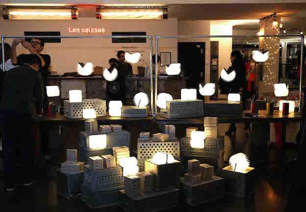 лампы-книги в магазине
