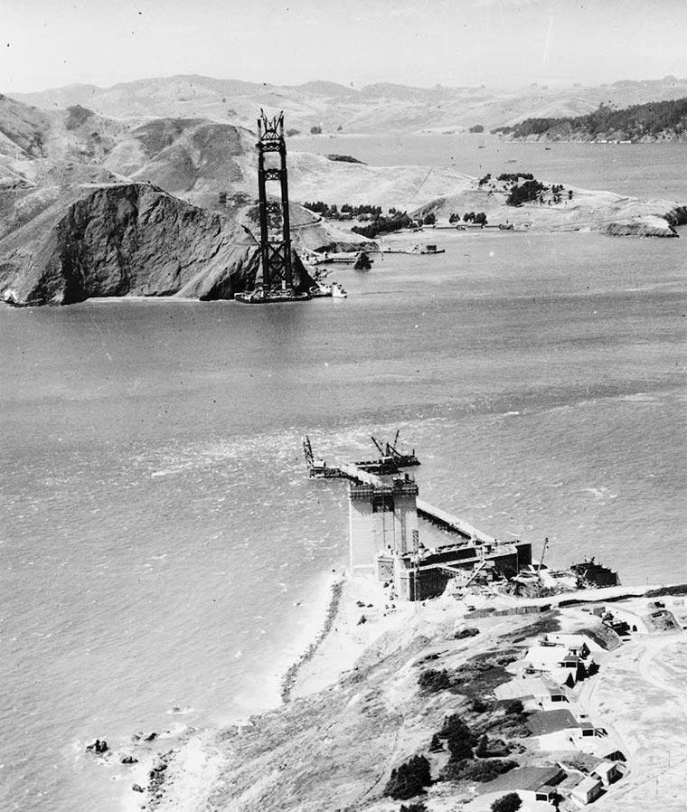 Возведение моста Золотые ворота в Сан-Франциско
