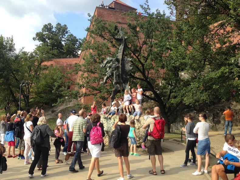 Памятник Дракону, Краков
